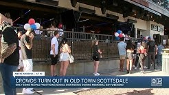 Crowds turn out in old town Scottsdale