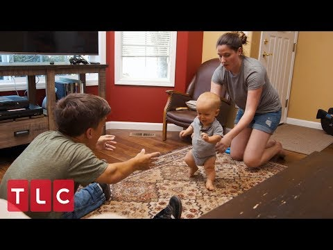 Jackson's First Steps | Little People, Big World