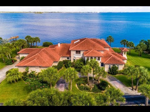 Distinguished River-Front Home in Melbourne Beach, Florida | Sotheby's International Realty