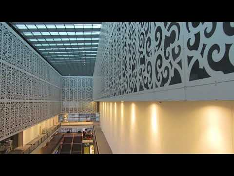 Dresden: Again a desolated Centrum Galerie shopping mall