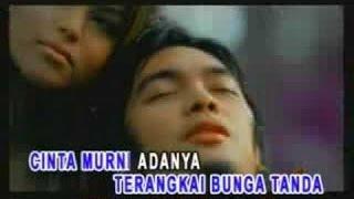 Download ADA Band - Surga Cinta (Karaoke-Instrumental)