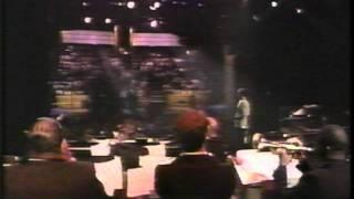 Baixar Roger Ingram - Lead Trumpet, Harry Connick Jr. Big Band - Arsenio Hall Show Theme