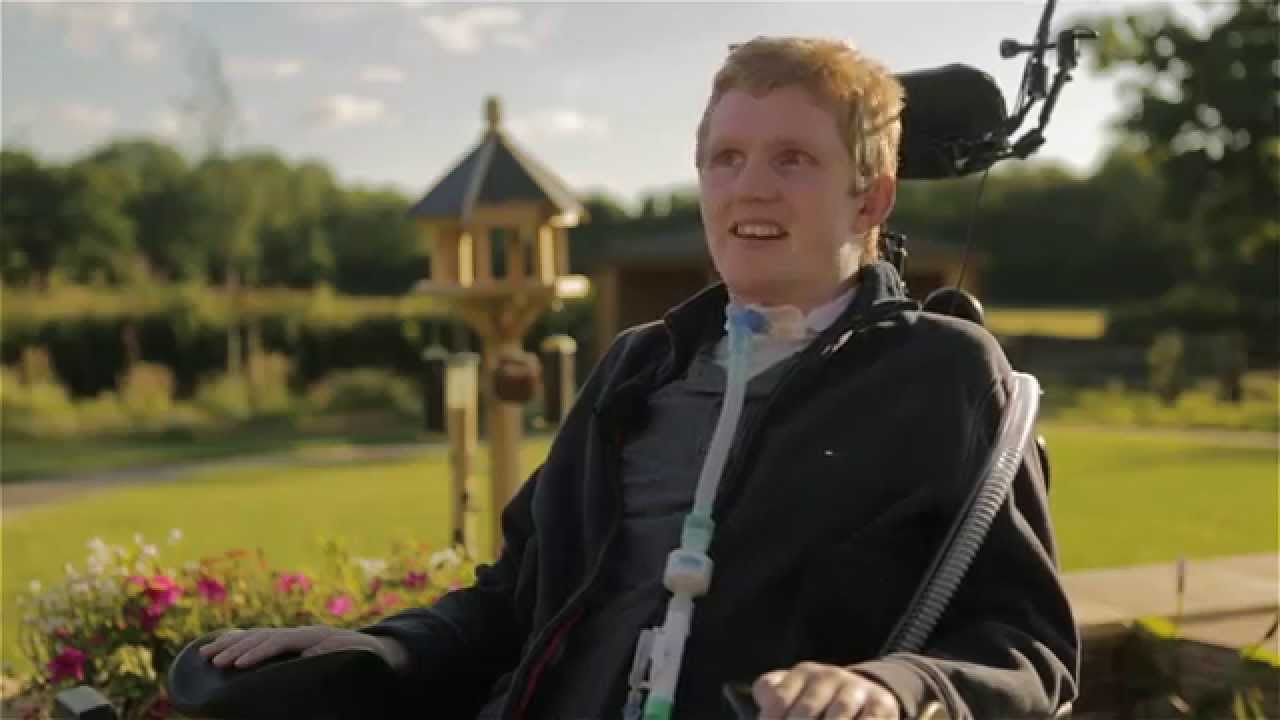 A Tetraplegic Man Becomes The First Person In The World To ...