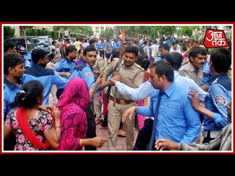 5 Ka Punch: Crowd Clashes With Police Over Evacuation In Patna