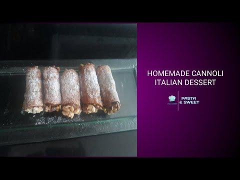 cannoli-homemade-italian-dessert