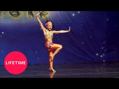 Dance Moms: Nia