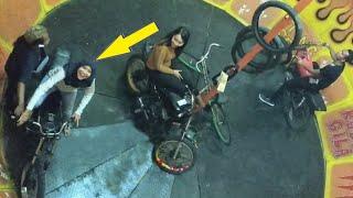 Bidadari berhijab didalam tong setan numpak RX KING, pasti seru nih. Selvi crazy wheels (part 1)