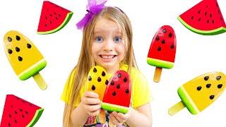 Милли и папа - истории для детей про вредные сладости и шоколад | Chocolate Eggs Surprise Challenge