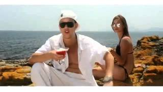 Gambar cover Hoodini   Oh Baby Official Video Clip2Mp3 org