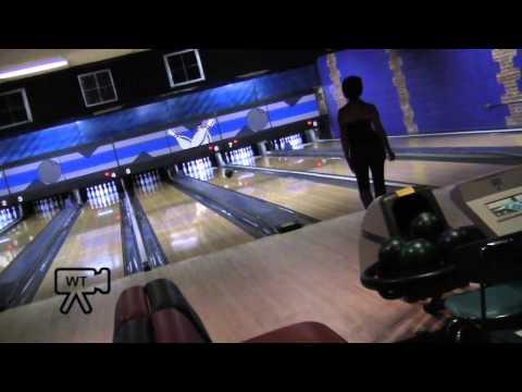 Moes Original Bar B Que and Bowling Englewood Colorado