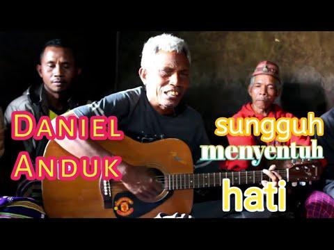 """Lagu Manggarai Terbaru Dari """" DANIEL ANDUK"""" Sangat Menyentuh Hati"""