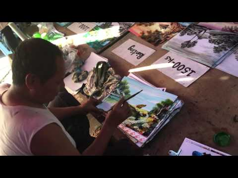 Amazing street artist in Myanmar (His Daddy Edition)