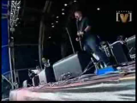 Queens of the Stone Age - Mexicola (Live)