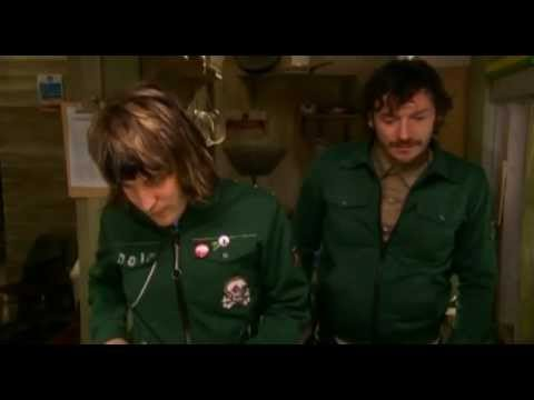 Mighty Boosh-Captain Cabinet