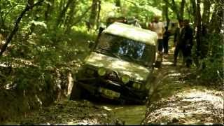 Toyota vs Land Rover Off-Road