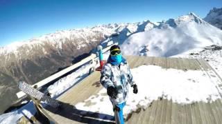 видео Домбай - горнолыжный и альпинистский курорт России.