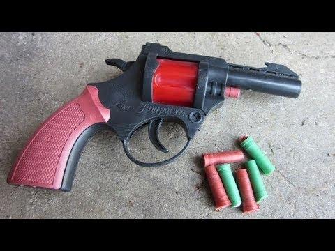 Mini Flare Pistol Review + Shooting