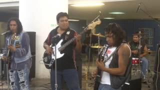 Rosal Negro - Ya borracho @ Metro San Lazaro 19ago13 www.rockxmexico.com