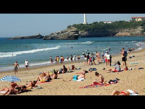 شاهد: الفرنسيون والبريطانيون يستمتعون بإعادة فتح الحدائق والشواطئ …  - نشر قبل 2 ساعة