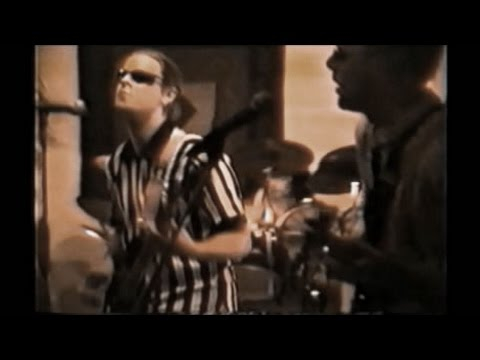 Sticky Pistil - Different Route (Live Video) 1999