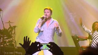 Duran Duran performs (Reach Up For The) Sunrise