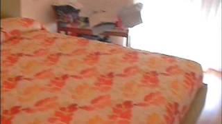 видео как крепить профнастил на крышу