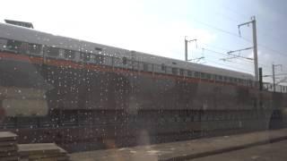 2014.02.03 台鐵5170次EMU100自強號與台灣高鐵0644次尬車,交會台鐵1191次EMU400區間車