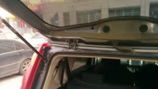 Nissan note e11 правый руль замена лампы подсветки номера