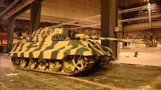 Tiger II starting, unloading and driving - Rétromobile 2015