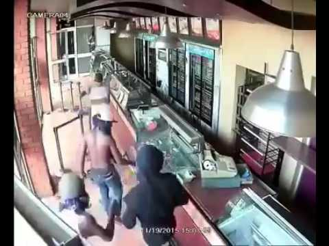African migrant flashmob assault/empty store in Italy