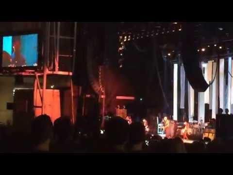 THE SMASHING PUMPKINS MOLSON CANADIAN AMPHITHEATER OPENING CHERUB ROCK END TIMES TOUR LIVE TORONTO