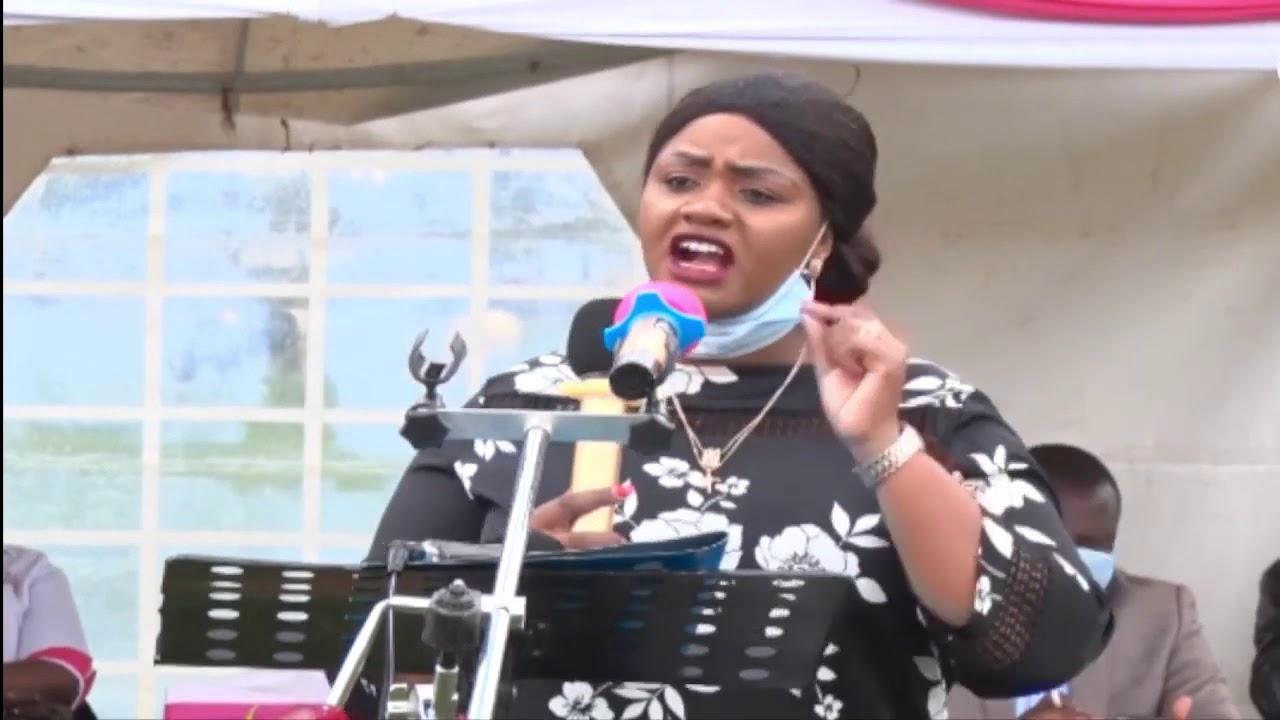 RUTO SUPPORTER NUMBER ONE IN LAIKIPIA CATE WARUGURU TELLS UHURU KENYANS NEED FOOD NOT STORIES! - YouTube