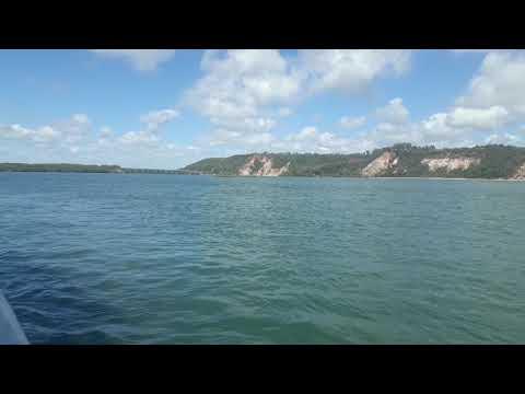 De Catamarã em Barra de São Miguel caminho para a Praia do Gunga Alagoas