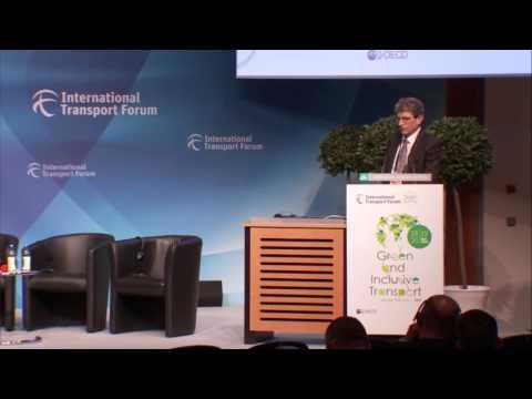 Innovating for greening aviation (full recording)
