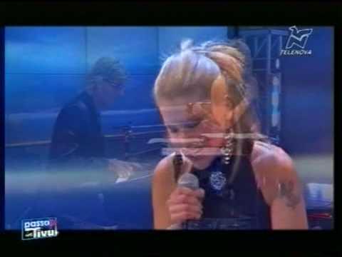 Rosita  LIVE canta