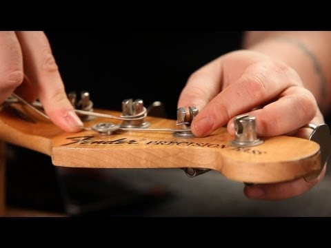 how-to-string-a-fender-bass-guitar-|-guitar-setup
