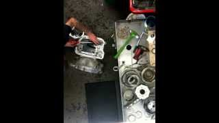 Assembling a dodge 518 (torque flight 8 overdrive) transmis