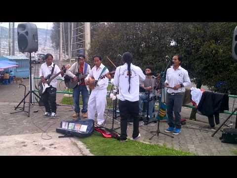 Musicians at El Panecillo in Quito