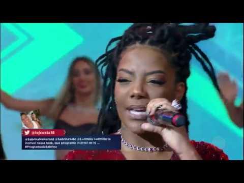 Ludmilla agita a plateia do Programa da Sabrina