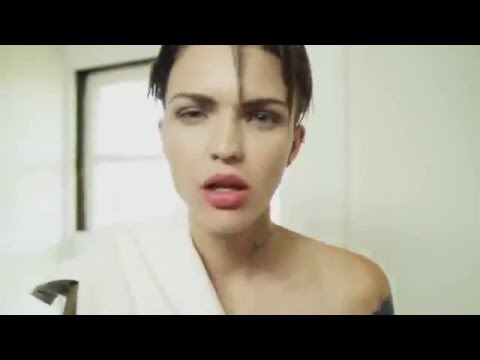 Ruby Rose Haircut Transformation Long To Pixie