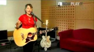 KT Tunstall - Tutorial Black Horse & the Cherry Tree(part 1)