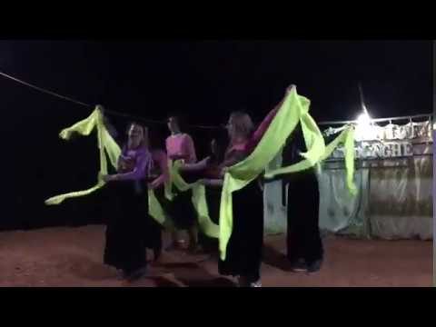 RSIS Big Build Vietnam: Scarf Dance | Round Square