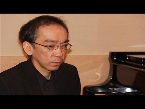 Japanese Composer Niigaki Improvises for WSJ