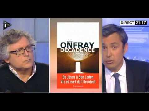 Coup de com de Marine Le Pen qui refuse de porter le voile.