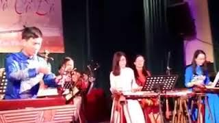 Độc tấu đàn Bầu: Ngày hội (Nhạc Ấn Độ) - Trần Đình Khắc Du