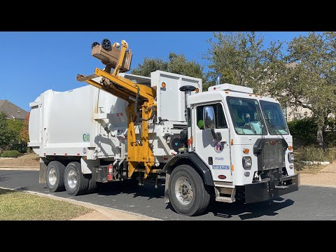 City of Austin's New G-S Automated Side Loader