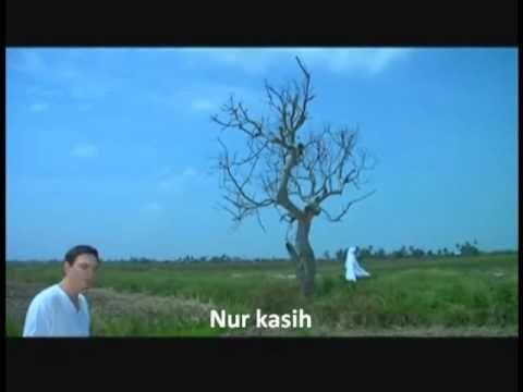 Nur Kasih YASSIN & TIZ ZAQYAH (lirik)