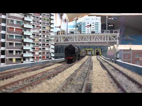 Summer running part 2 Amberton,00 gauge model railway