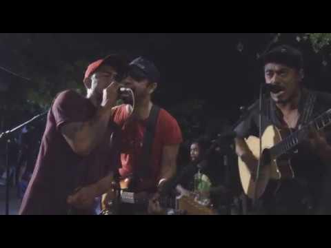 Richard D'gilis, Aray Daulay, Bastian Cozy - Kulit Kacang (Live The Exile)