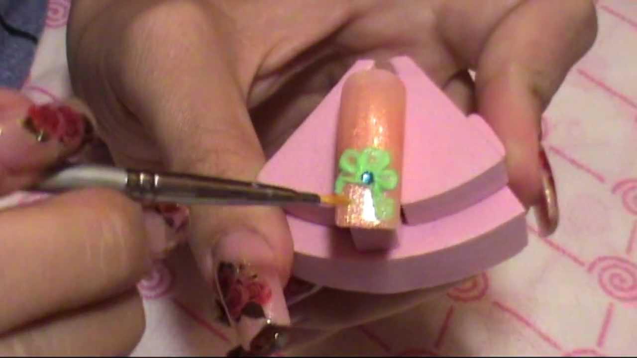 Дизайн ногтей 3D гелем
